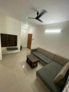Gallery Cover Image of 1200 Sq.ft 3 BHK Apartment for rent in Makarba for 35000