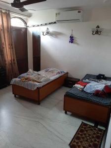 Bedroom Image of PG 4193899 Kalkaji in Kalkaji
