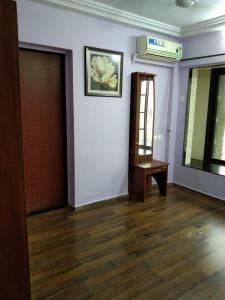 Gallery Cover Image of 630 Sq.ft 1 BHK Apartment for rent in Romell Empress, Borivali West for 24000