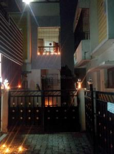 Gallery Cover Image of 1500 Sq.ft 3 BHK Villa for rent in Gerugambakkam for 11500