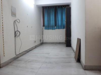 Gallery Cover Image of 1000 Sq.ft 2 BHK Apartment for rent in RWA Jasola Sector 8 SFS Flat, Jasola for 25000