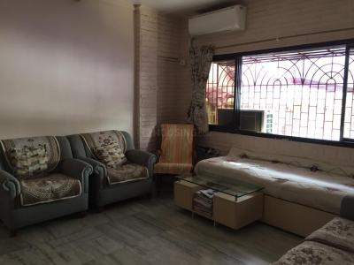 Gallery Cover Image of 550 Sq.ft 1 BHK Apartment for rent in Santacruz East for 38000