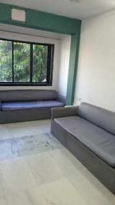Gallery Cover Image of 650 Sq.ft 1 BHK Apartment for rent in Juhu for 45000
