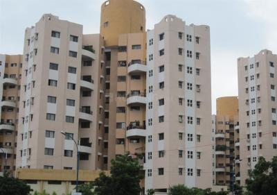 Gallery Cover Image of 1170 Sq.ft 2 BHK Apartment for buy in Magarpatta City for 8500000
