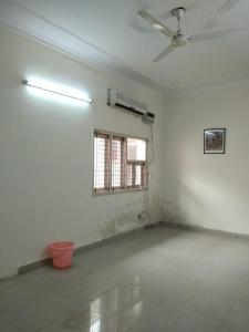 Gallery Cover Image of 250 Sq.ft 2 BHK Independent Floor for rent in Vasant Kunj for 13000