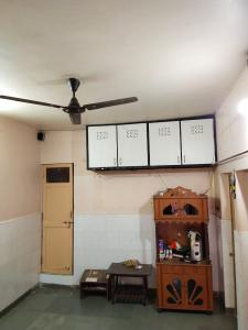 Gallery Cover Image of 400 Sq.ft 2 BHK Independent House for rent in Jivrajpark for 15000