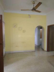 Gallery Cover Image of 800 Sq.ft 2 BHK Independent House for rent in Nanganallur for 18000