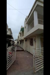 Gallery Cover Image of 2070 Sq.ft 3 BHK Villa for buy in B Desai Anand Vihar Bungalows, Chandkheda for 11500000