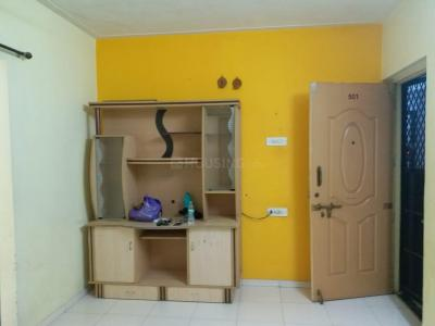 Gallery Cover Image of 640 Sq.ft 1 BHK Apartment for rent in Shivsagar Society, Anand Nagar for 13000