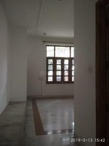 Gallery Cover Image of 1200 Sq.ft 3 BHK Apartment for rent in Sultanpur for 19000