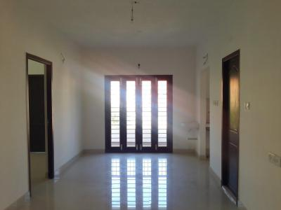 Gallery Cover Image of 950 Sq.ft 2 BHK Apartment for buy in Koyambedu for 8075000