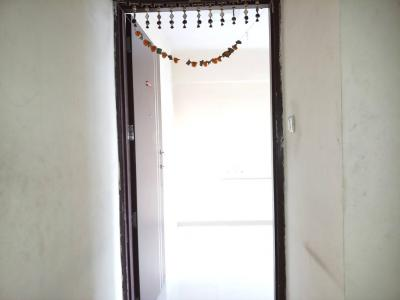 Gallery Cover Image of 600 Sq.ft 1 BHK Apartment for rent in Goregaon East for 30000
