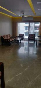 Gallery Cover Image of 2000 Sq.ft 4 BHK Apartment for rent in Santacruz East for 175000