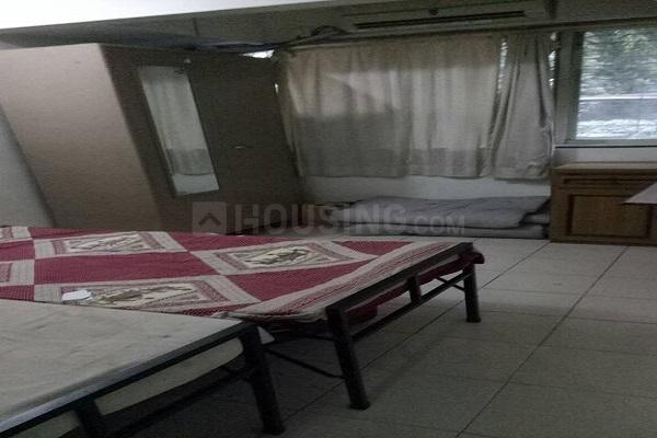 Bedroom Image of 1000 Sq.ft 2 BHK Apartment for rent in Vile Parle West for 55000