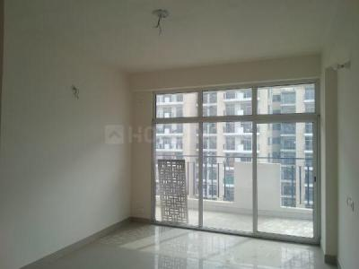 Gallery Cover Image of 1365 Sq.ft 3 BHK Apartment for rent in Supertech Eco Village 1, Noida Extension for 8500