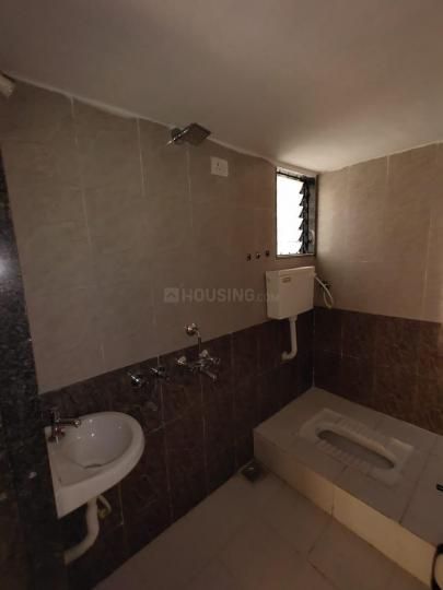 Common Bathroom Image of 870 Sq.ft 2 BHK Apartment for rent in Vasind for 5000