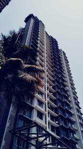 Gallery Cover Image of 1560 Sq.ft 3 BHK Apartment for buy in Romell Grandeur, Goregaon East for 23600000