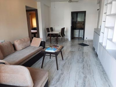 Gallery Cover Image of 800 Sq.ft 2 BHK Apartment for rent in Ballygunge apartment, Ballygunge for 35000