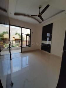 Gallery Cover Image of 1340 Sq.ft 3 BHK Independent Floor for buy in Surendra Alisha Homes, Sector-12A for 5745000