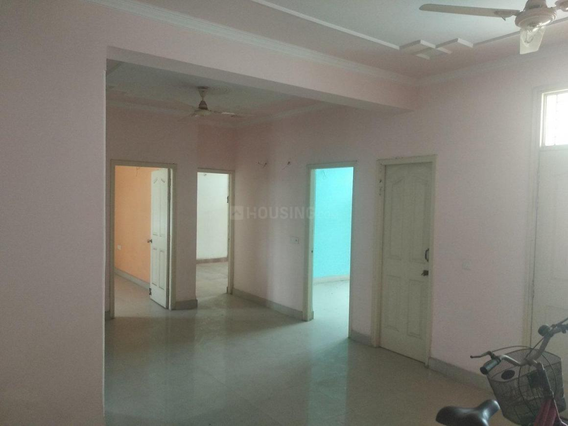 Living Room Image of 1490 Sq.ft 3 BHK Apartment for buy in Shastri Nagar for 6500000
