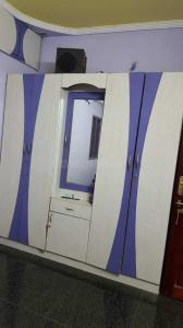 Gallery Cover Image of 700 Sq.ft 1 BHK Independent Floor for rent in Perambur for 13000
