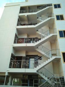 Gallery Cover Image of 6000 Sq.ft 10 BHK Independent House for buy in Hosakerehalli for 29500000
