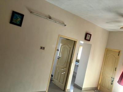 Gallery Cover Image of 980 Sq.ft 2 BHK Apartment for rent in Urapakkam for 10000