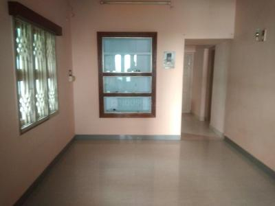 Gallery Cover Image of 700 Sq.ft 2 BHK Independent House for rent in Nanganallur for 12000