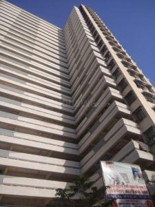 Gallery Cover Image of 435 Sq.ft 1 BHK Apartment for buy in Malad East for 2150000