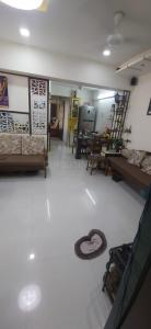 Gallery Cover Image of 900 Sq.ft 2 BHK Apartment for buy in Thane West for 18000000
