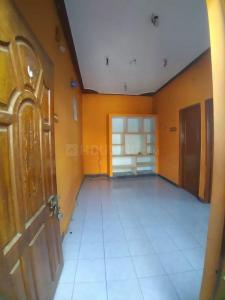 Gallery Cover Image of 550 Sq.ft 1 BHK Independent House for rent in Old Pallavaram for 7000
