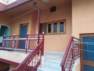 Gallery Cover Image of 688 Sq.ft 2 BHK Independent Floor for rent in Race Course for 13500