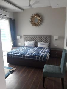 Gallery Cover Image of 1485 Sq.ft 3 BHK Apartment for buy in Noida Extension for 5900000