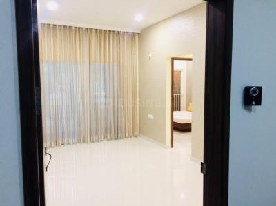 Gallery Cover Image of 700 Sq.ft 1 BHK Apartment for buy in Godambewadi No. 1 for 3600000