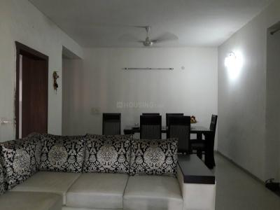 Gallery Cover Image of 2150 Sq.ft 3 BHK Apartment for rent in Dayal Bagh Colony for 45000