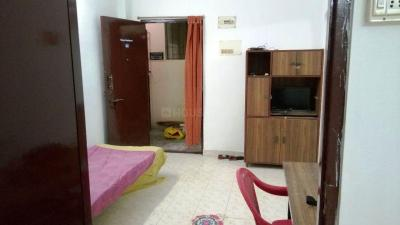 Gallery Cover Image of 550 Sq.ft 1 BHK Apartment for rent in Anand Apartments, Urapakkam for 10000