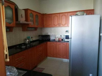 Gallery Cover Image of 2000 Sq.ft 3 BHK Apartment for rent in Adarsh Palm Retreat Tower 1, Bellandur for 49000