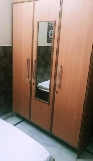 Bedroom Image of Rent Rooms For Girls in Laxmi Nagar