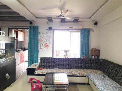 Gallery Cover Image of 1595 Sq.ft 3.5 BHK Apartment for buy in Kalyan West for 13500000