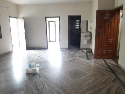 Gallery Cover Image of 1300 Sq.ft 3 BHK Apartment for rent in Velachery for 23000