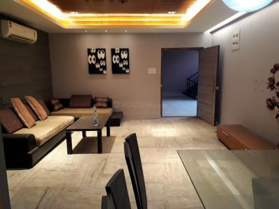 Gallery Cover Image of 2200 Sq.ft 4 BHK Apartment for rent in Dhapa for 100000