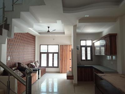 Gallery Cover Image of 1350 Sq.ft 3 BHK Villa for buy in Noida Extension for 4018000
