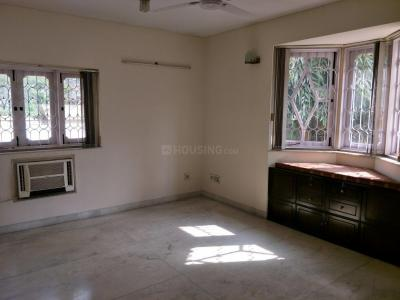 Gallery Cover Image of 4000 Sq.ft 3 BHK Villa for rent in Ballygunge for 150000