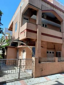 Gallery Cover Image of 2000 Sq.ft 3 BHK Independent House for rent in Paldi for 25000