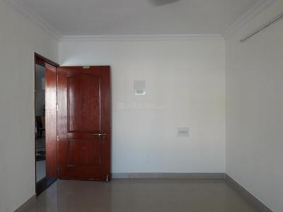 Gallery Cover Image of 1300 Sq.ft 2.5 BHK Apartment for rent in Kondhwa for 15000