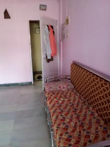 Gallery Cover Image of 750 Sq.ft 1 BHK Apartment for buy in Byculla for 19000000