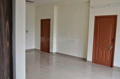 Gallery Cover Image of 1200 Sq.ft 3 BHK Apartment for rent in  South kolathur for 15000
