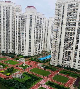 Gallery Cover Image of 1625 Sq.ft 3 BHK Apartment for buy in DLF Capital Greens, Karampura for 19500000