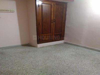 Gallery Cover Image of 800 Sq.ft 2 BHK Apartment for rent in  Alsa Green Park, Chromepet for 13000