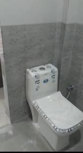 Bathroom Image of PG 6370266 Sector 24 in DLF Phase 3